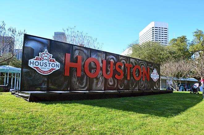 Dagny Zenovia Super Bowl 51 Houston Recap
